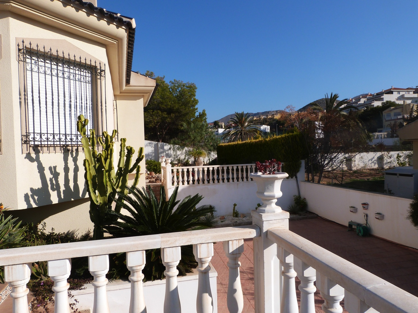 A Luxury 4 Bed, 4 Bath Villa Located in an exclusive area.