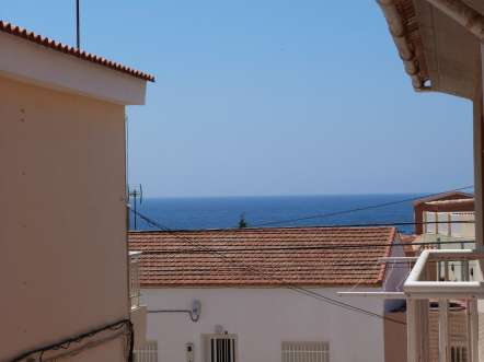A 2 Bed Apartment only 300 mts walk to the beach!
