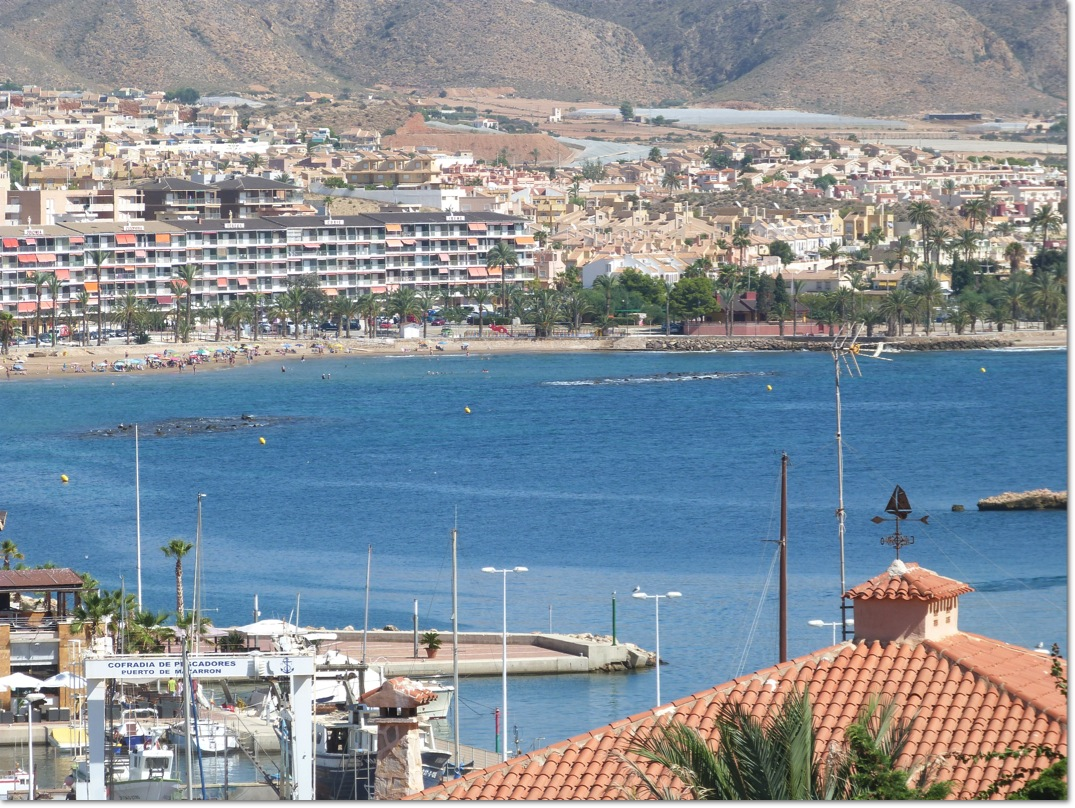 A Great 2 Bed Apartment in the Heart of the Port of Mazarron, Stunning  views.