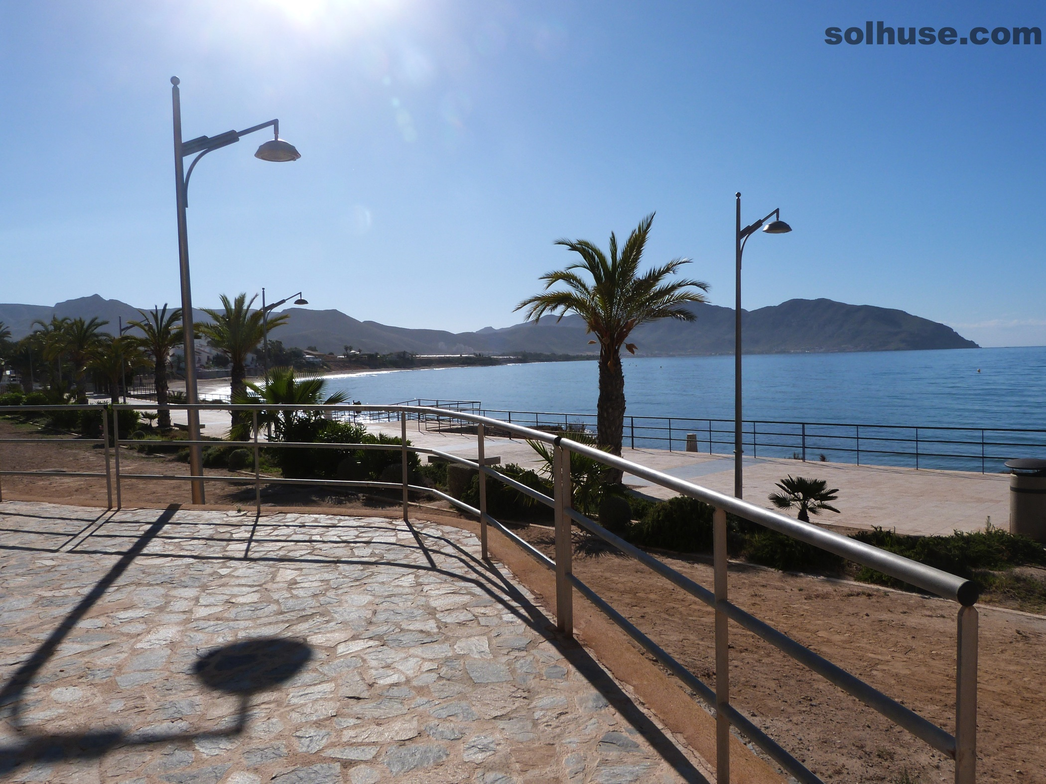 APARTMENT WITH 2 BEDS, SEA VIEWS,  JUST 50 M FROM THE BEACH