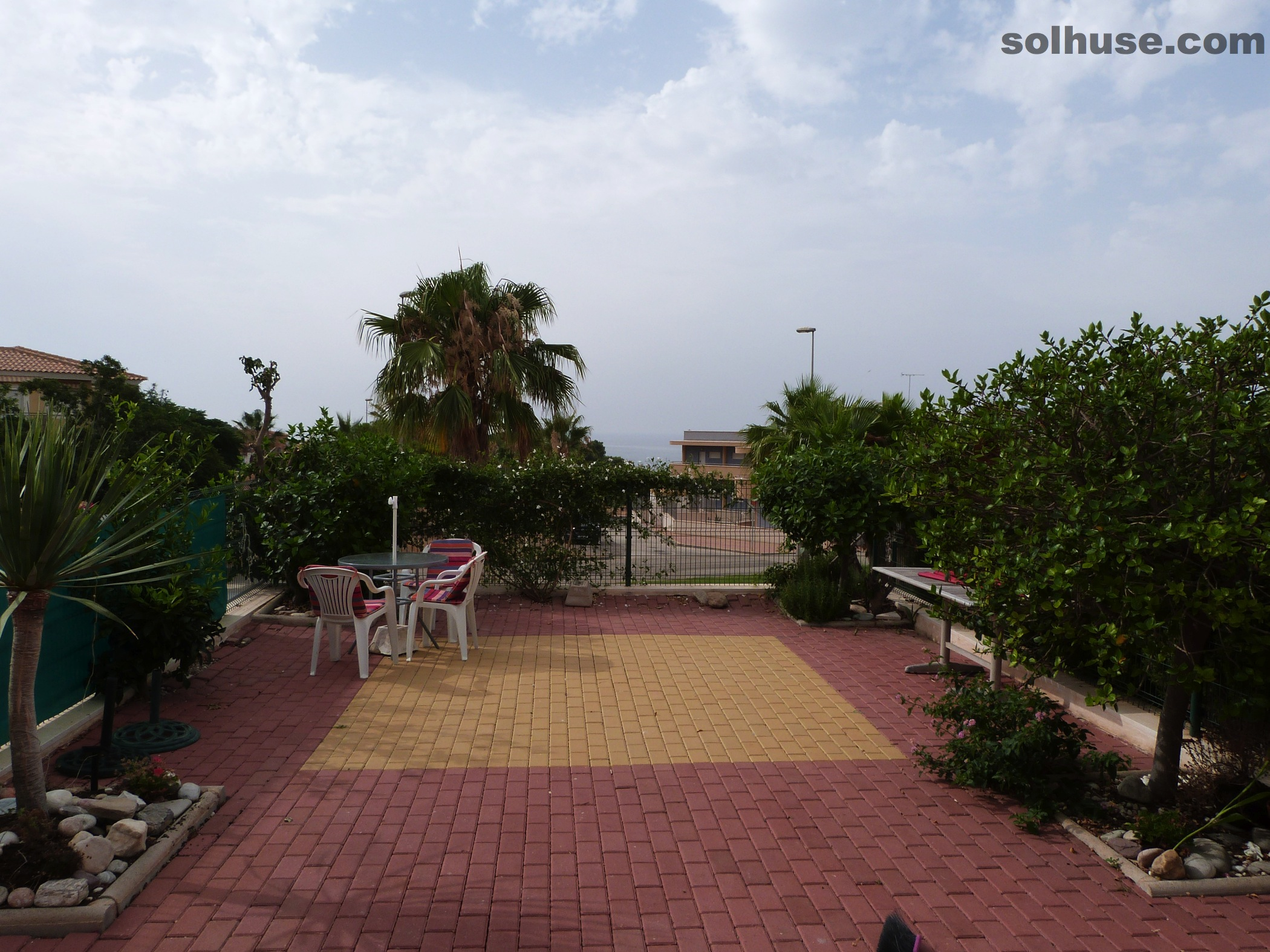 MODERN  VILLA, 3 BEDS, 2 BATHS, SEA VIEW & COMMUNAL POOL