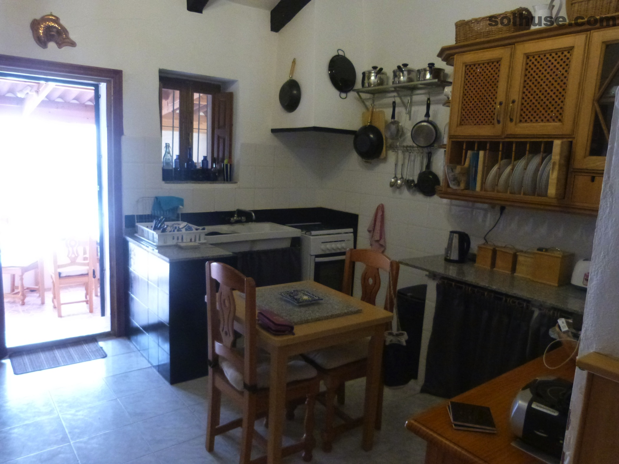 SOLD - QUAINT TRADITIONAL VILLAGE HOUSE WITH GARDEN