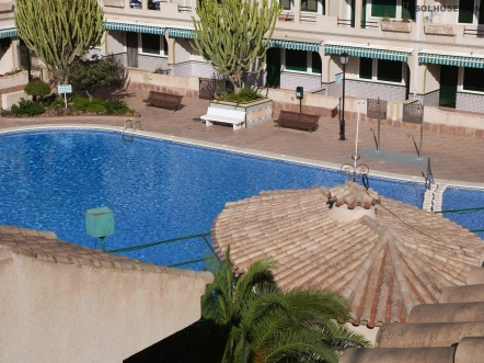 PENTHOUSE APARTMENT, 2 BEDS, COMMUNAL POOL, SEA VIEW