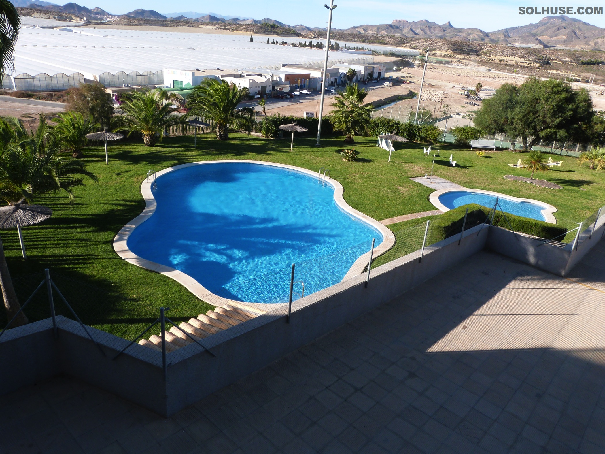 APARTMENT, 2 BEDS, 2 BATHS, STUNNING SEA VIEWS & POOL