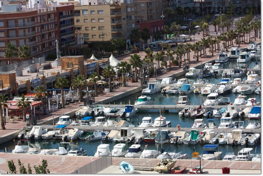 NEW 2 BED APARTMENT JUST MINUTES FROM THE BEACH & PROMENADE