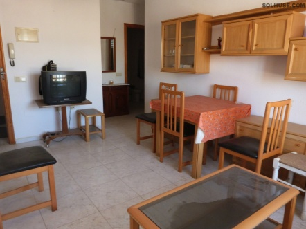 BARGAIN ONE BEDROOM APARTMENT IN HEART OF THE PORT