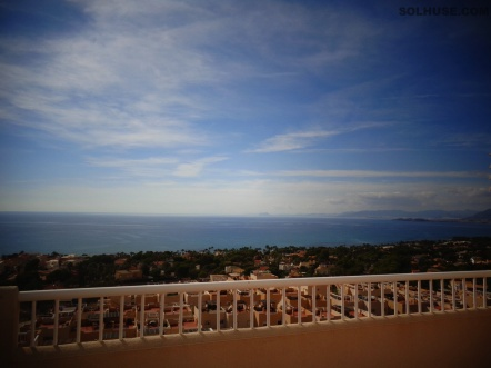 APARTMENT, 8th FLOOR, OUTSTANDING SEA VIEWS, COMMUNAL POOL