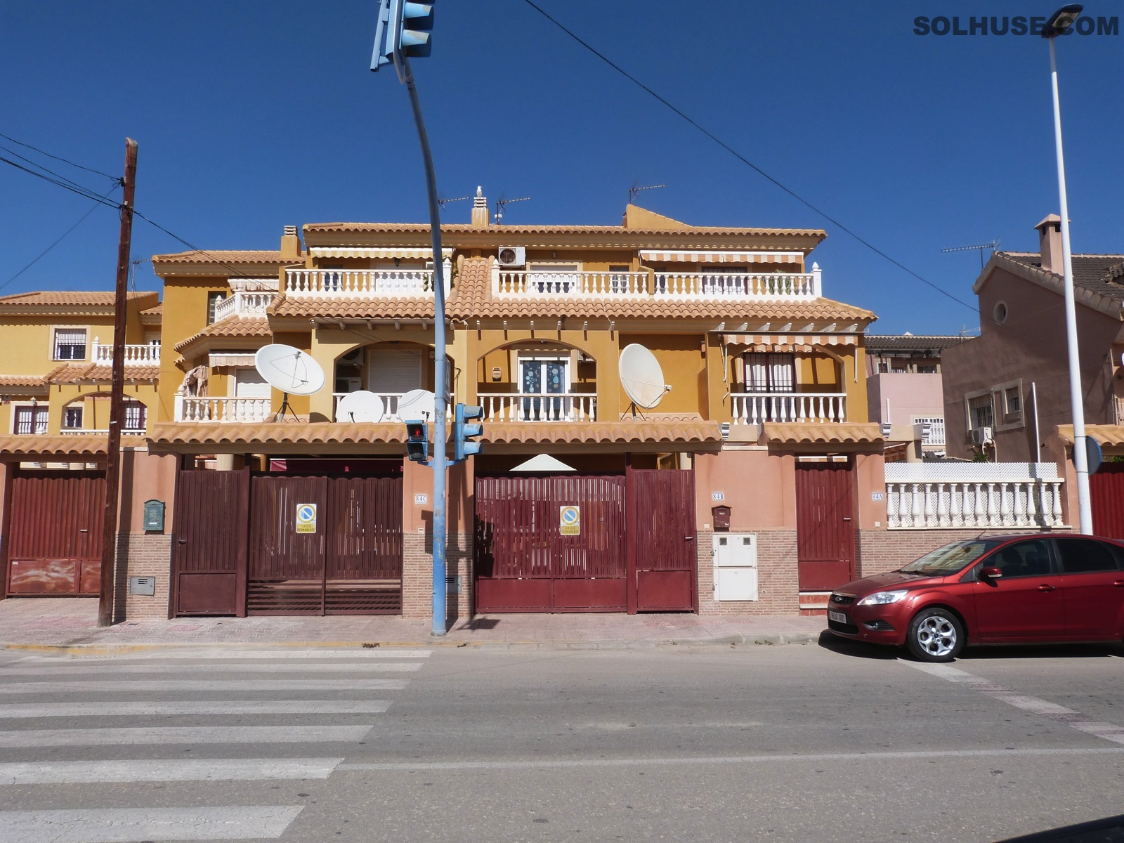 A large 5 bedroom family Townhouse in the Heart of the Port of Mazarron